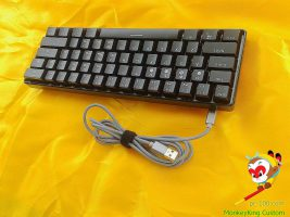 Con cable USB trenzado desmontable