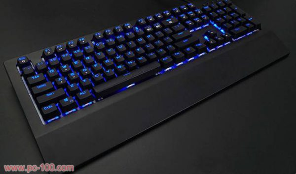 mechanical-gaming-keyboard-rgb-backlit-black-2